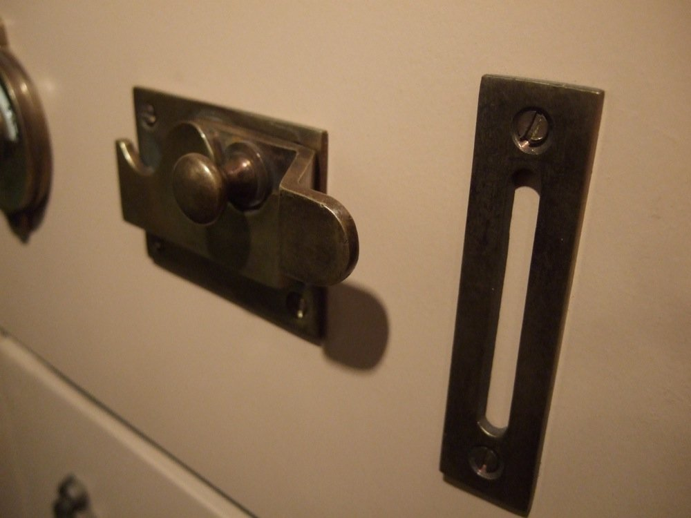 besetzt+frei Emaille Antik-Eisen Antikas T/ürbeschlag f/ür Toilettent/ür WC-Drehverschluss