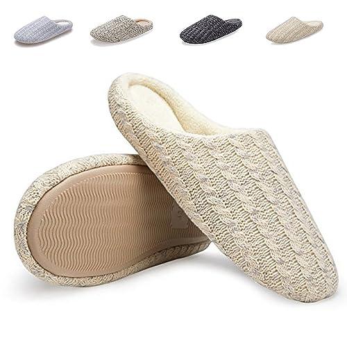 Southern Comfort  Black Knit slippers Size Medium (7.5- 8.5)