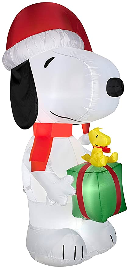 Snoopy And Woodstock Christmas Inflatable.Gemmy Airblown Inflatable Snoopy Wearing A Santa Hat Holding A Present With Woodstock On It Indoor Outdoor Holiday Decoration 5 5 Foot Tall