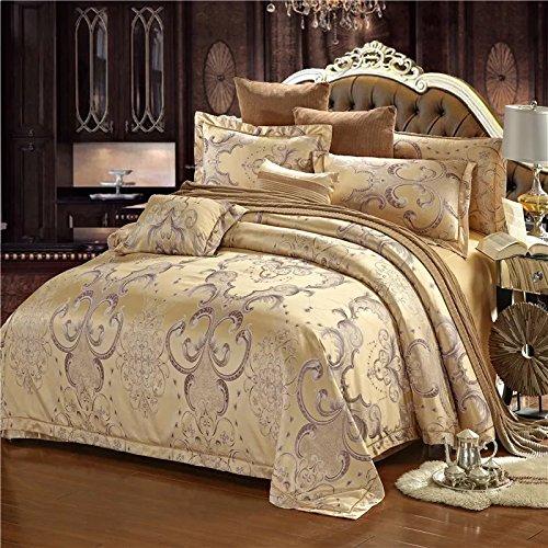 Silky Smooth Hachik Bed Linen Set by Korzunyan