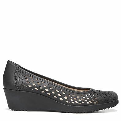 2aa70cb3804 Naturalizer Womens Brina Perforated Wedge Heels Black 6 Medium (B