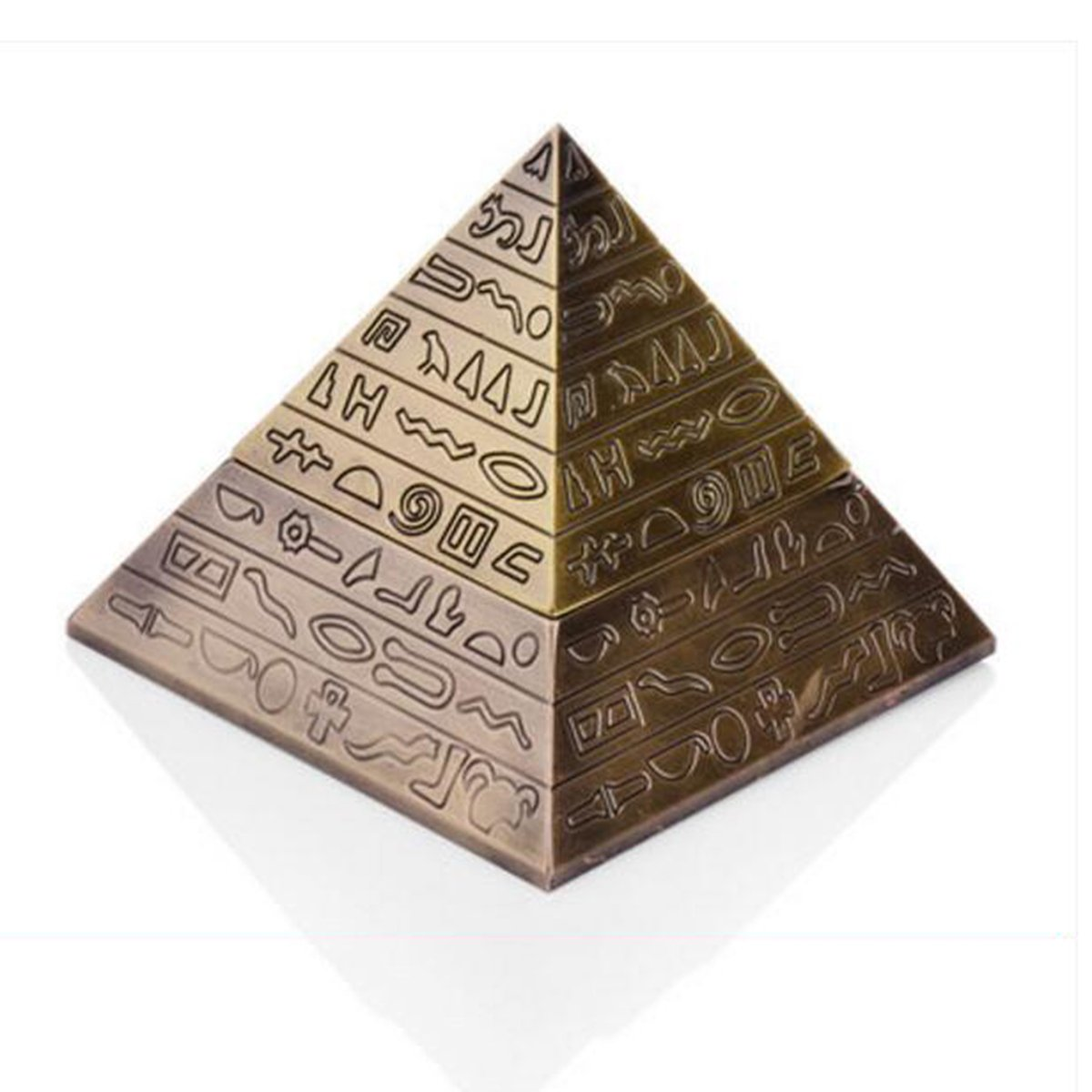 European retro Ashtray Creative Pyramid Design Engraving Clamshell Fashion Classic Personality Decoration Cuivre Antique