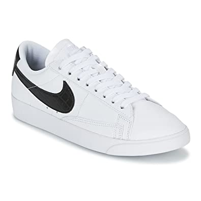 official photos 091c5 0ad16 Nike Women s WMNS Blazer Low, White Black, ...