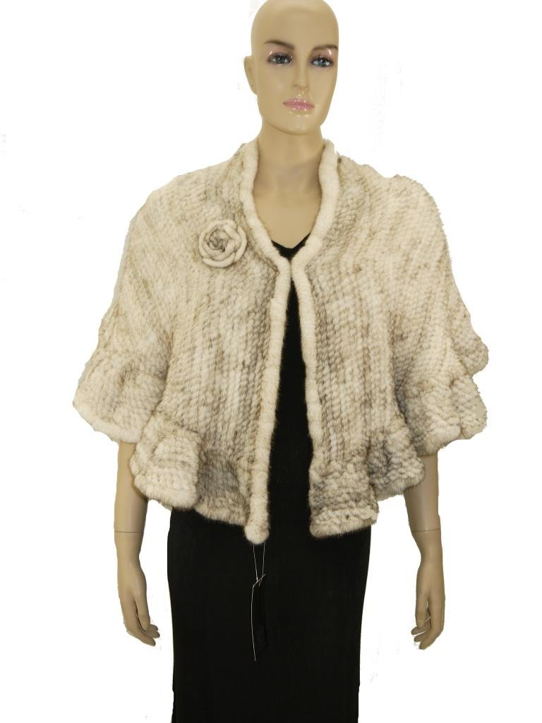 Knitted Mink Fur Stole With Rosette-Ivory