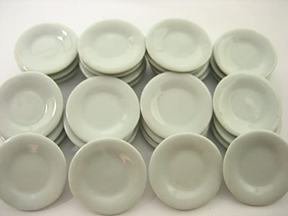 30 Mini White Round Dish Plate Supply Dollhouse Miniature Ceramic 3.5cm 2035