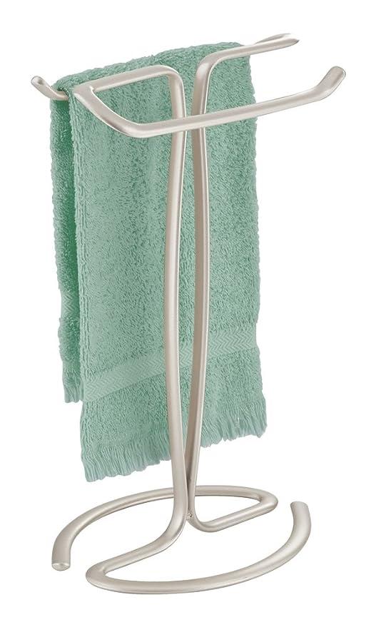 mDesign Toallero de pie – Práctico colgador para dos toallas pequeñas, ideal para la mesada