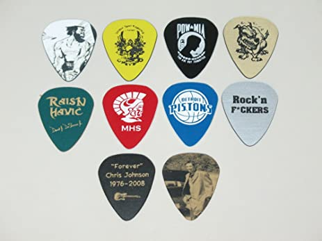 Twenty Five 25 Brand New Custom Personalized Engraved Guitar Picks