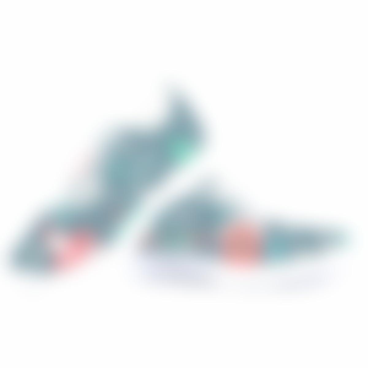 ce8351359cef9 Amazon.com: Hand Painted Print Canvas Shoe Christmas Santa Claus ...