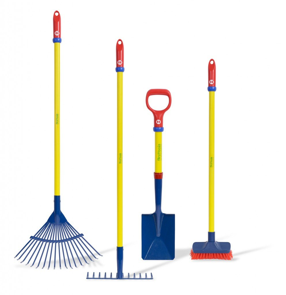 TOLO Garten Pflege Set - 4tlg. Set aus Laubrechen, Bodenrechen, Besen + Schaufel (Geräte: Stahlrohrrahmen + Metallkopf)