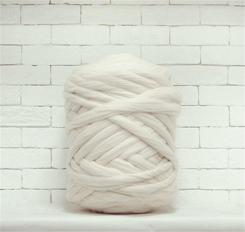 Giant Wool Yarn Chunky Arm Knitting Super Soft Wool Yarn Bulky Wool Roving (2 kg/4.4 lbs, White)