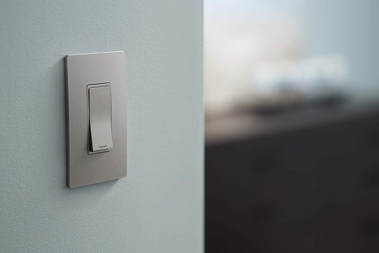 Ivory Pass /& Seymour TM870-ICC10 15 Amp 120//277-Volt Single-Pole Lighted Decorator Switch
