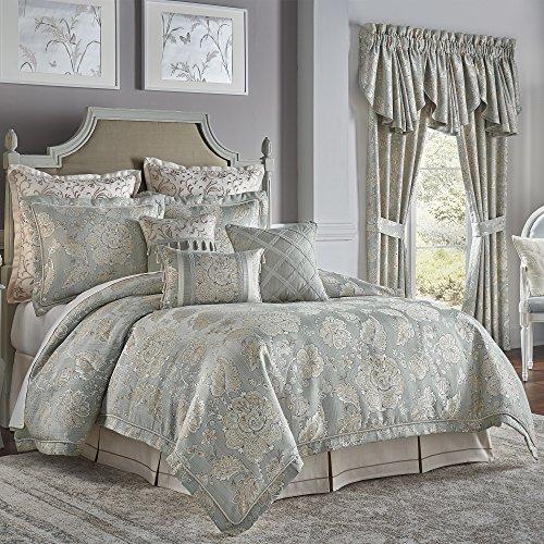 Croscill Jacquard Comforter (Croscill Caterina Queen Comforter Set, 4 Piece)