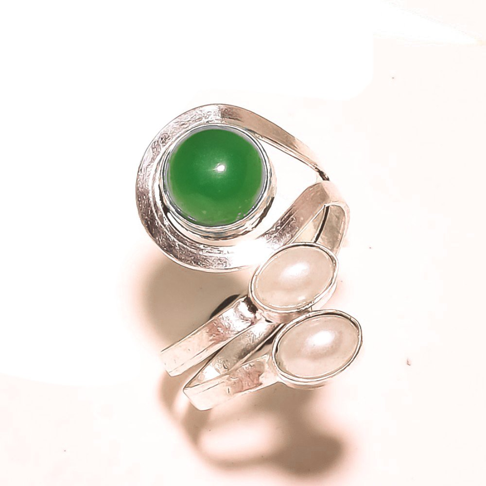 Sizable Handmade Jewelry Green Onyx Sterling Silver Overlay 4 Grams Ring Size 9 US Gift Jewelry