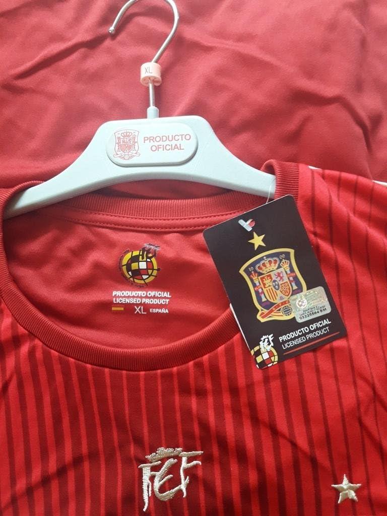 Camiseta Selección Española Original - Talla a elegir (S): Amazon.es: Deportes y aire libre