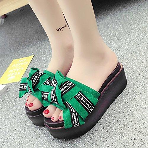 RUGAI-UE Zapatillas de verano al final pendiente de esponja gruesa mujer zapatos High-Heeled Comfort Slip Green