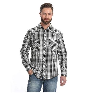 c357b39409 Wrangler Men s Western Fashion Two Pocket Long Sleeve Snap Shirt at Amazon Men s  Clothing store