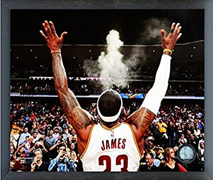 ee4d5c9565275 Amazon.com: LeBron James Cleveland Cavaliers 2015 NBA Action Photo ...
