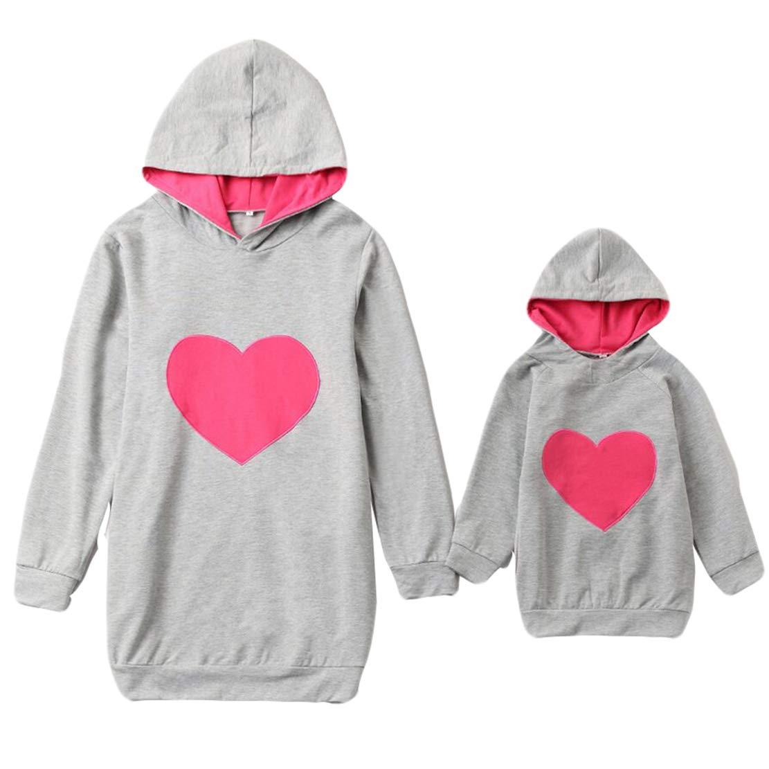 Mutter und Tochter Partnerlook Kapuzenpullover Mama Baby Kleidung Set Herz Muster Familien Sweatshirt Rundhals Langarm Pullover Winter