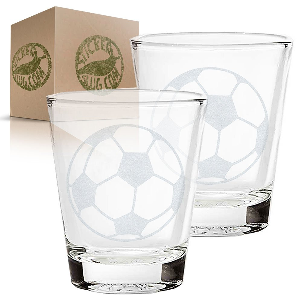 Balón de fútbol diseño de grabado de juego de vasos de Shot ...