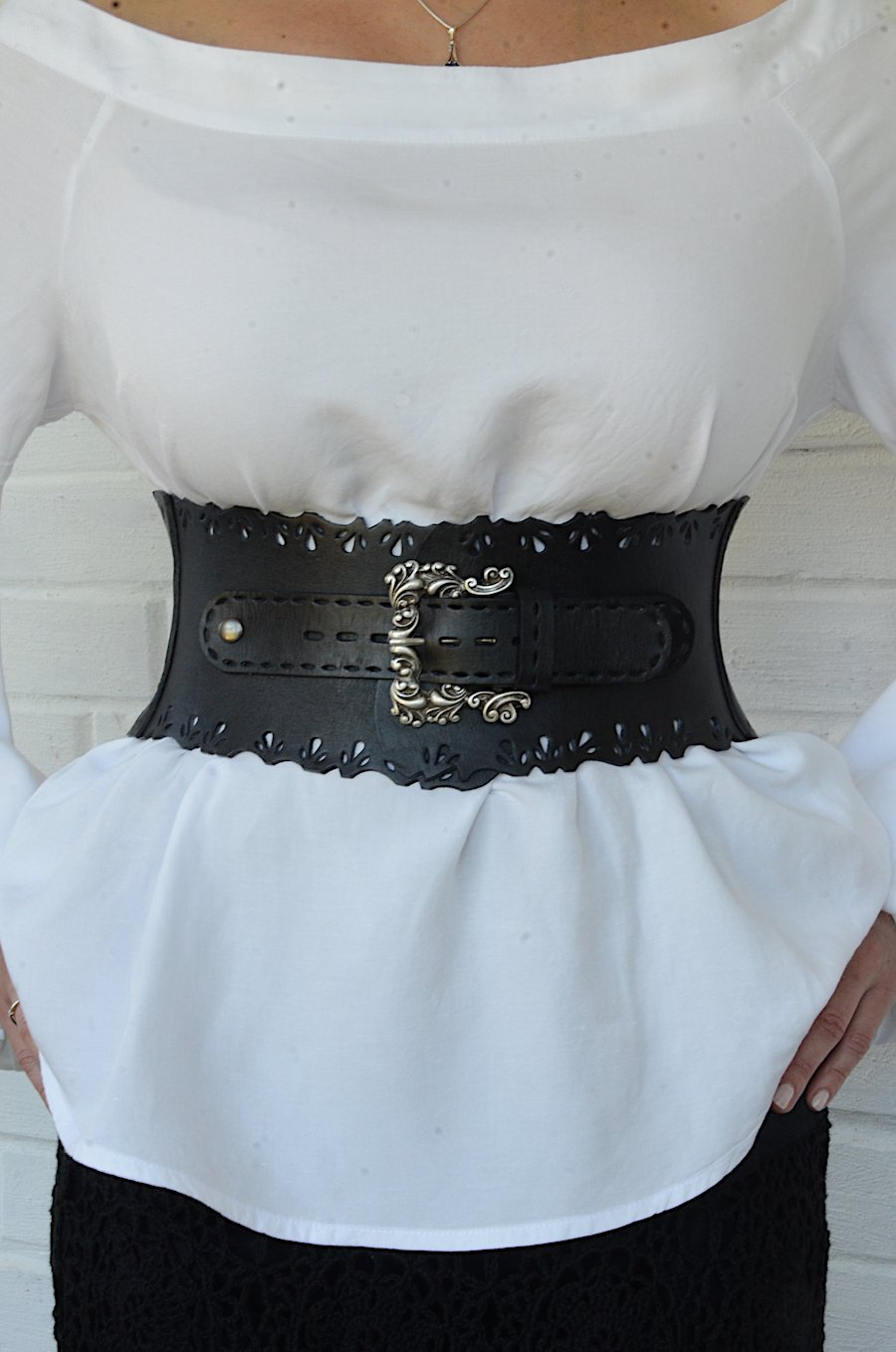 Wide black leather corset belt for women 4,72'' width