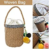 IMSHI Fashion Hand-woven Bucket Bag Cute All-match Bag Tassel Ball Straw Bag Ethnic Style Fashion Totes Women Shoulder Beach Bag