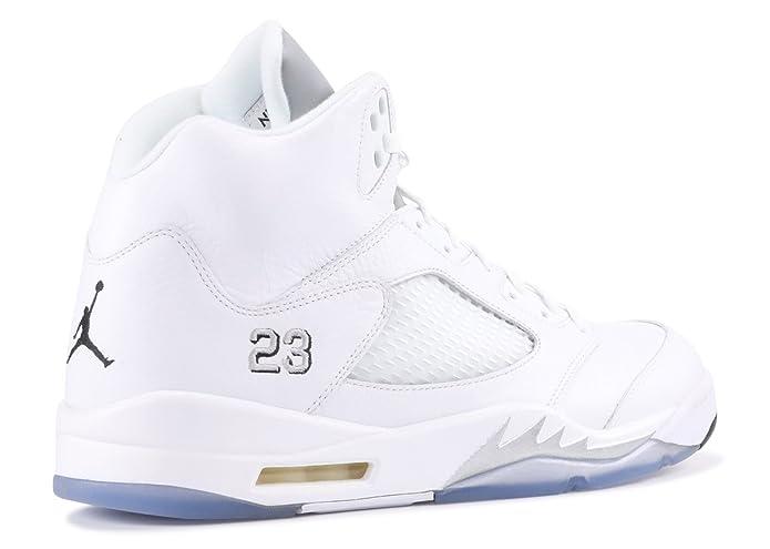 size 40 f5185 186d8 Amazon.com   Air Jordan 5 Retro - 136027 130   Basketball
