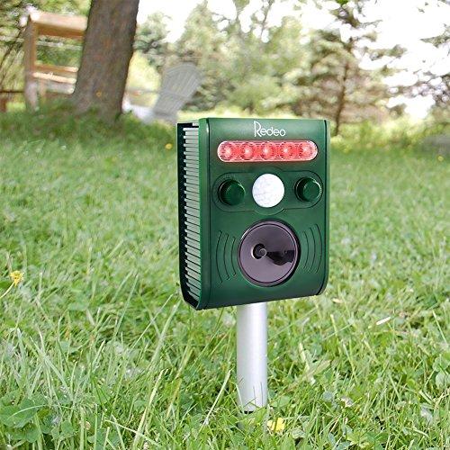 redeo-ultrasonic-animal-repellent-solar-pest-repeller-5-mode-repel-cat-squirrel-deer-skunk-chipmunk-
