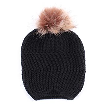 8bb208ecf0e8 Moonuy Bonnet Femme Casquettes Fille Bonnets Boule De Pompon Fluffy  Chapeaux Bonnet tricoté avec Torsades et