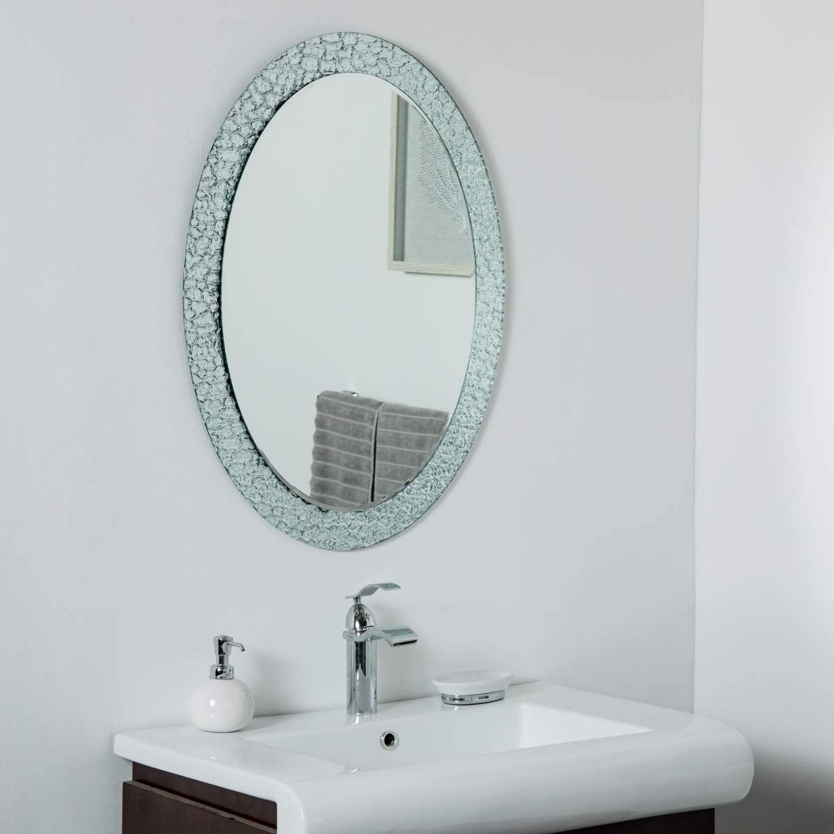 decorWonderland Jewel Frameless 31.5 x 23.6in Oval Wall, Bathroom, Vanity Mirror, 31.5×23.6X.5, Silver