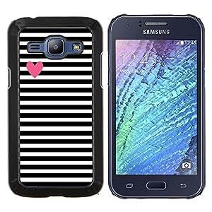 - Love Me - - Cubierta del caso de impacto con el patr??n Art Designs FOR Samsung Galaxy J1 J100 J100H Queen Pattern