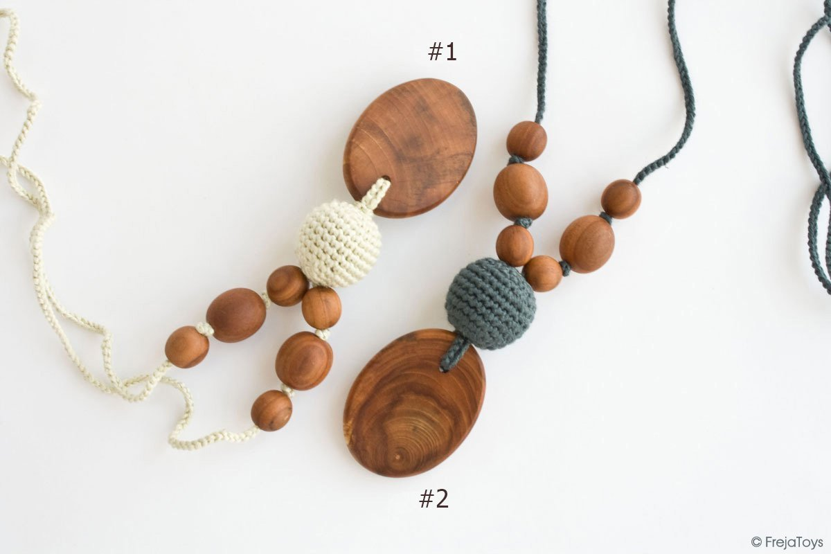 FrejaToys Silk & Wood Teething Necklaces for mom to wear,Teething Jewelry, Breastfeeding Necklace, Gift for New Moms and Babyshower Teething Jewelry