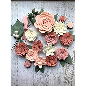 18 Flowers & 24 leaves - Wool Felt Flowers - Pastel Blush DIY Christmas Flower Embellishment - Wreaths, Garlands, Headbands, 33