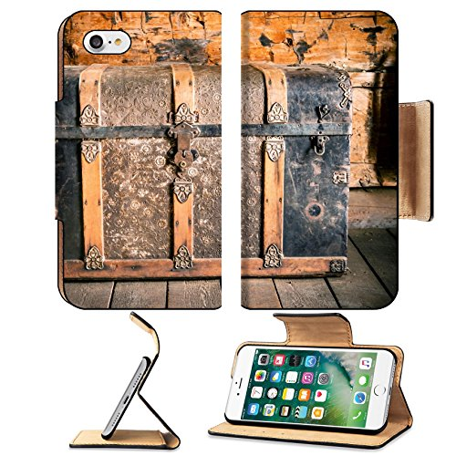Liili Premium Apple iPhone 7 Flip Pu Leather Wallet Case Vintage Wooden Chest Aged Treasure Chest in the Old House (Old Hide House)