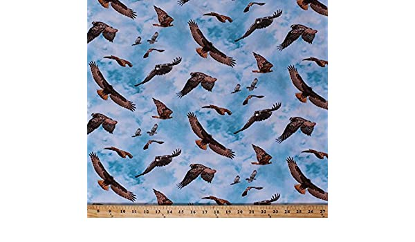 Red Tail Hawk BTY COTTON Elizabeth/'s Studio North American Wildlife 451 Blue
