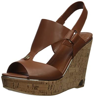 85a7fe6cf9 GUESS Women's Hulda Wedge Sandal, Natural, 8 Medium US
