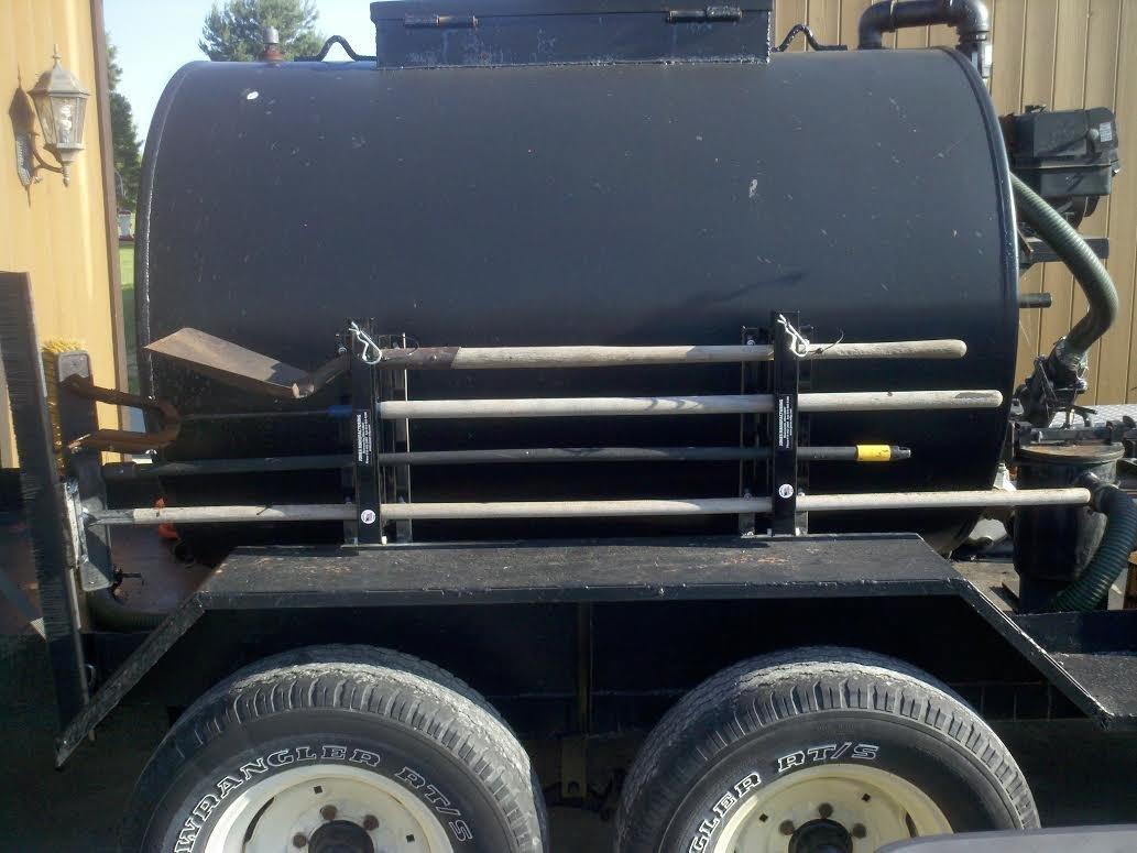 4-Tool Landscape Truck Rack by AJW Supplies Inc.