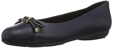edfb9a5e4b Geox Women's Annytah 6 Ballet Round Toe Flats Bow-Arch Support and  Cushioning, Navy