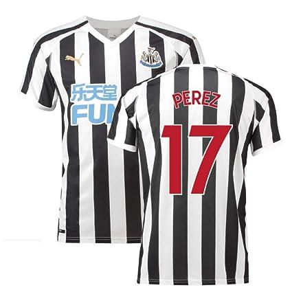 0ab9ffc825e Amazon.com   2018-2019 Newcastle Home Football Soccer T-Shirt Jersey ...