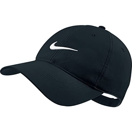 b58c0149bc Amazon.com: Nike Tech Swoosh Cap, Black/White, One Size: Sports ...