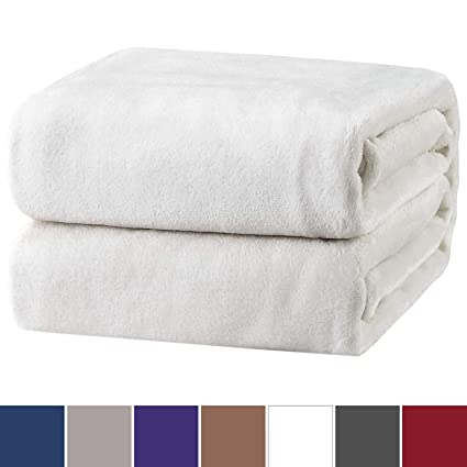 Bedsure Flannel Fleece Throw Blankets Ivory White Travel Size - Super Soft  Fluffy Warm Solid Bed Throws for Sofa - Luxury Microfiber Blanket  130x150cm  ... cf5d503f5