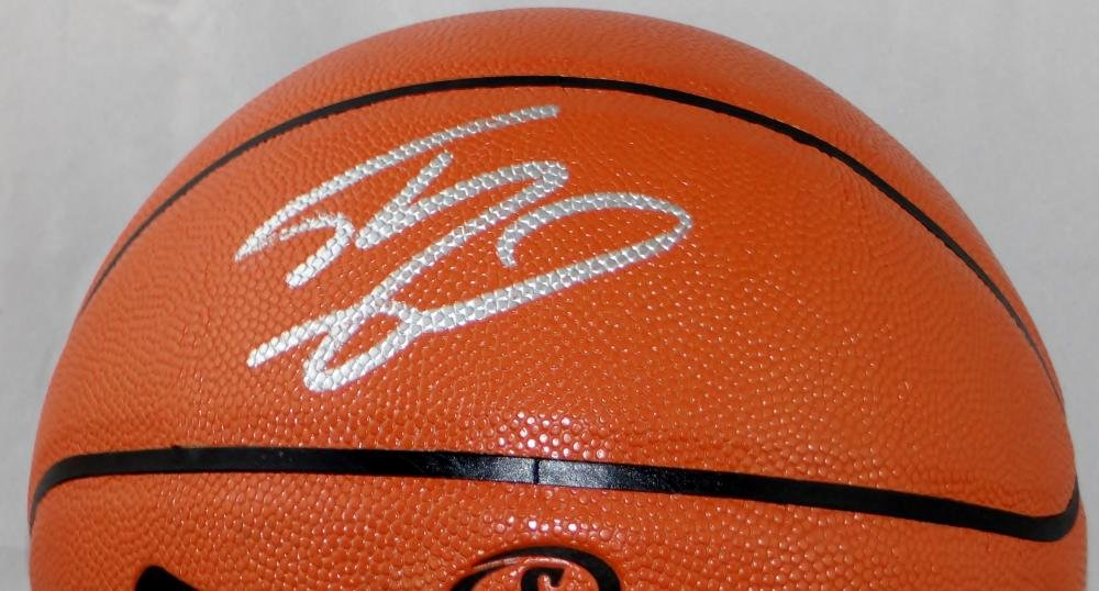 Shaquille O'Neal Autographed Official NBA Spalding Basketball Beckett Auth