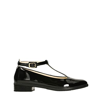d053c7857a81 Clarks Senior Girls School Shoes Skyla Dream - Black Patent Leather - UK  Size 6.5G