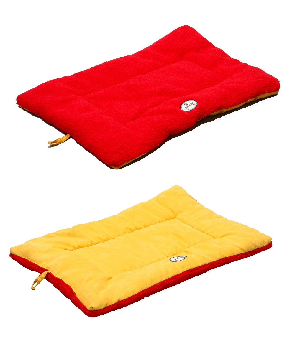 orange and Red Medium orange and Red Medium PET LIFE 'Eco-Paw' Reversible Eco-Friendly Recyclabled Polyfill Fashion Designer Pet Dog Bed Mat Lounge, Medium, orange and Red