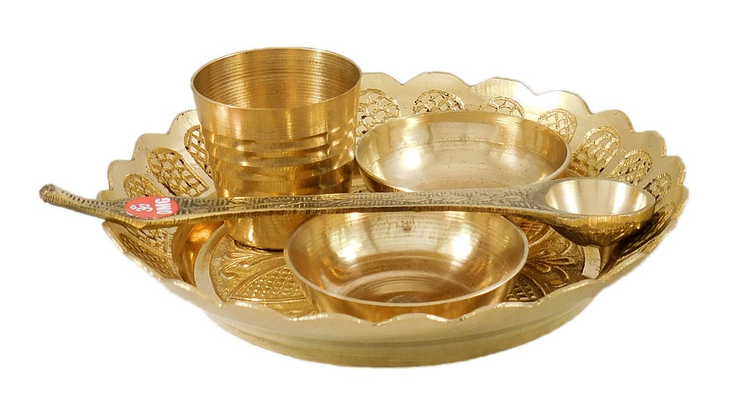 DollsofIndia Brass Plate with Ritual Accessories - Dia - 4.25 inches by DollsofIndia