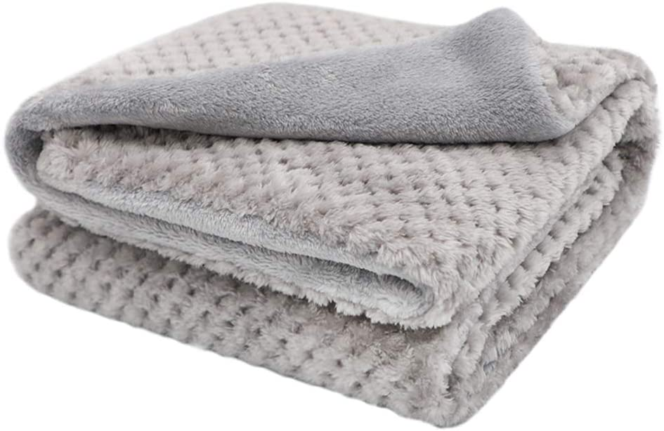 Small Size MIGHTY MONKEY Premium Pet Blanket Pets Bed 32x24 in Soft Cozy Reversible Sherpa Throw Blankets for Dogs Washable Non Shedding Throws for Couch Cats Cloud White Crates