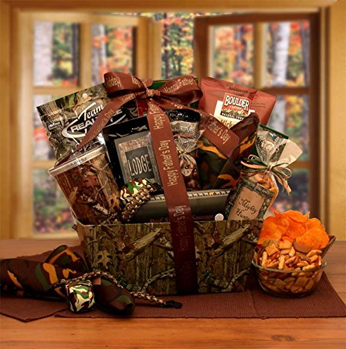 It\'s all about the camo! Camouflage themed gift baskets for men are a great gift idea for the camo lover or avid hunter! Filled with delicious treats and camo themed snacks he will love - what\'s not to like?