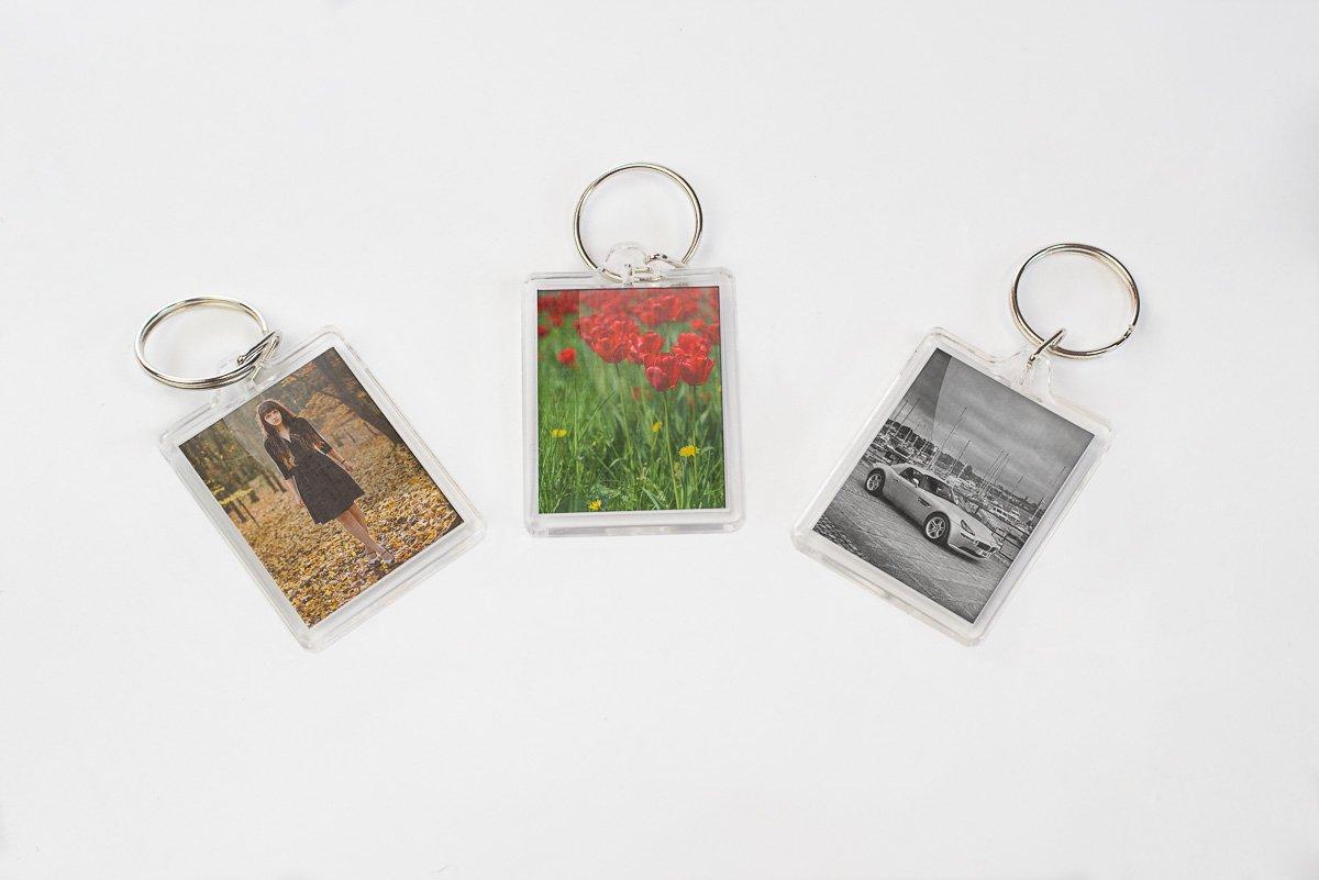 Pack of 12 Perspex Photo Holder Keyrings
