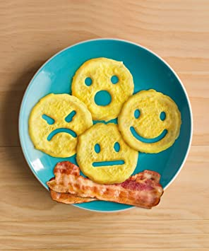 Amazon.com: Fred 5215355 CRACK A SMILE Emoji Face Breakfast Egg Mold: Kitchen & Dining