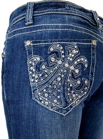 c5076d3d98c5b L.A. Idol Women Capri Jeans Dekota Crystal Fleur De Lis Rhinestone Bold  Stitch Stretch in Medium Blue Wash. at Amazon Women s Jeans store