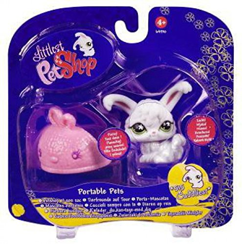 (Littlest Pet Shop Portable Pet Angora Bunny with Slipper)